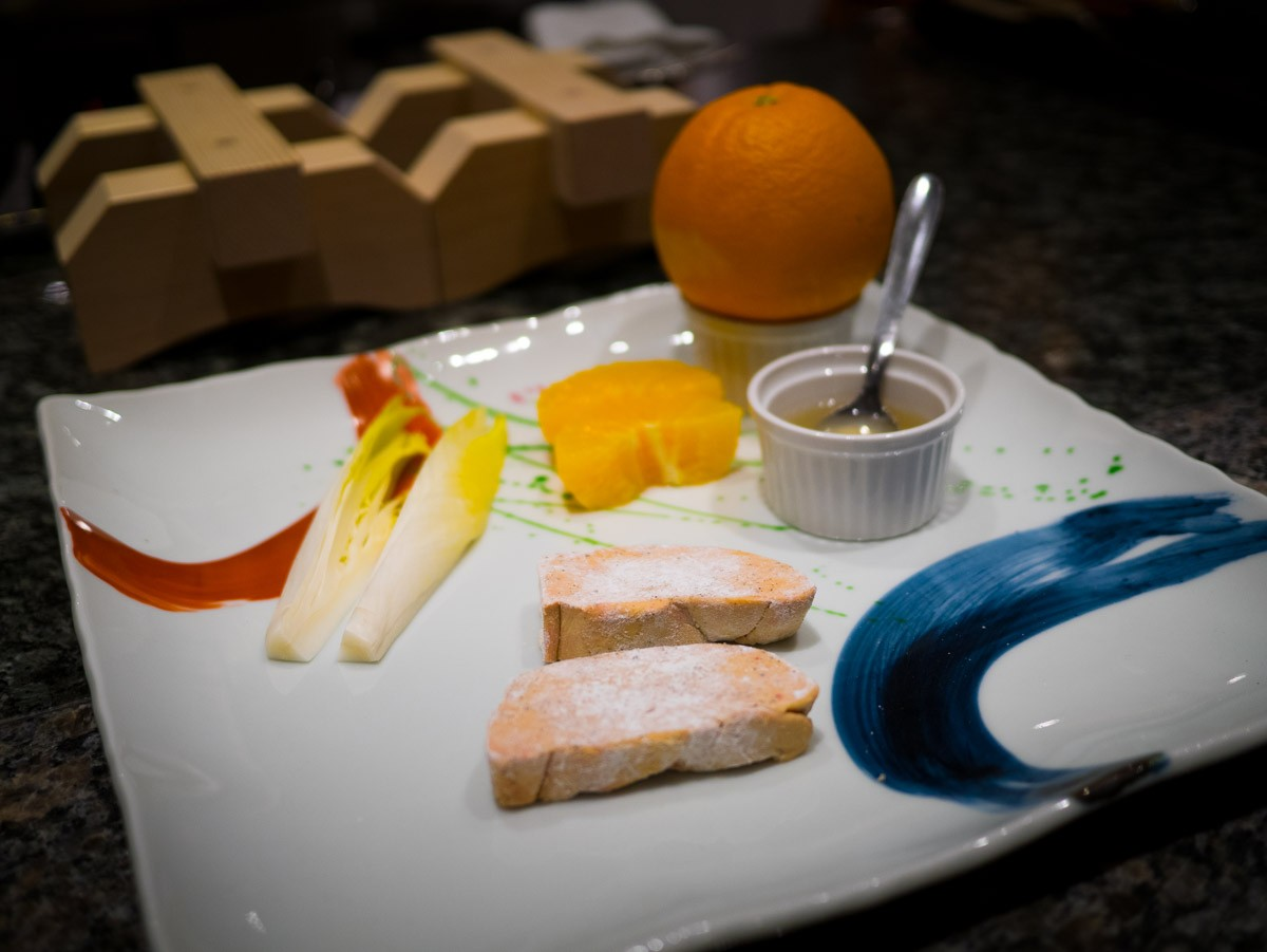 Pour la deuxième entrée. Foie gras et orange.