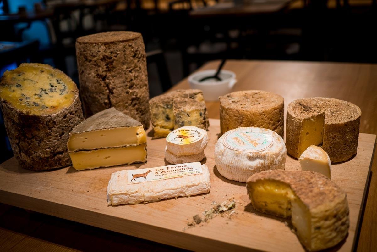 Plateau de fromages.